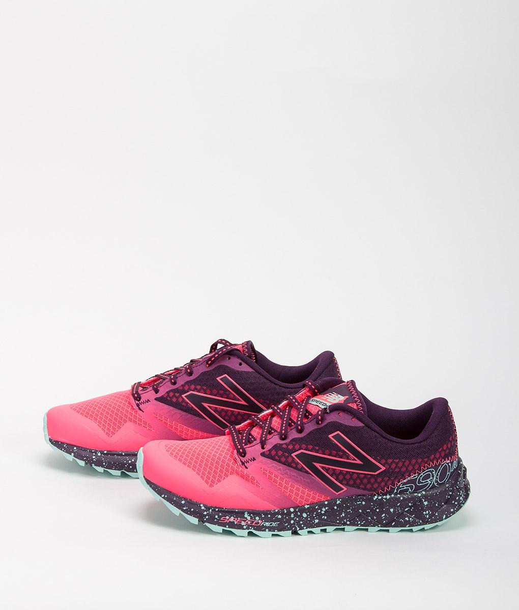 NEW BALANCE Women Running Shoes WT690