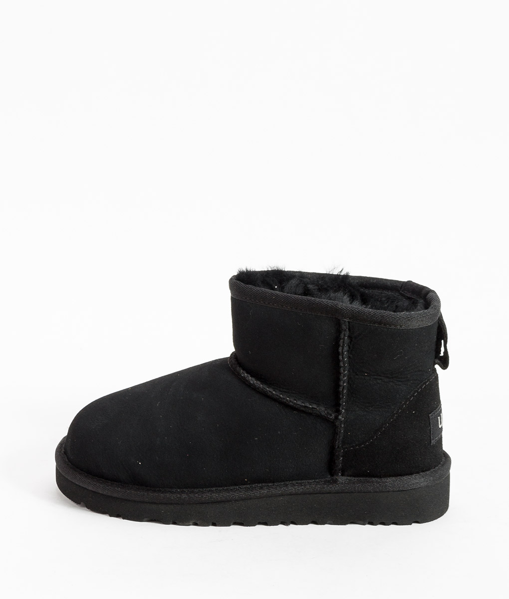 UGG Kids Ankle Boots CLASSIC MINI, Black 194.99