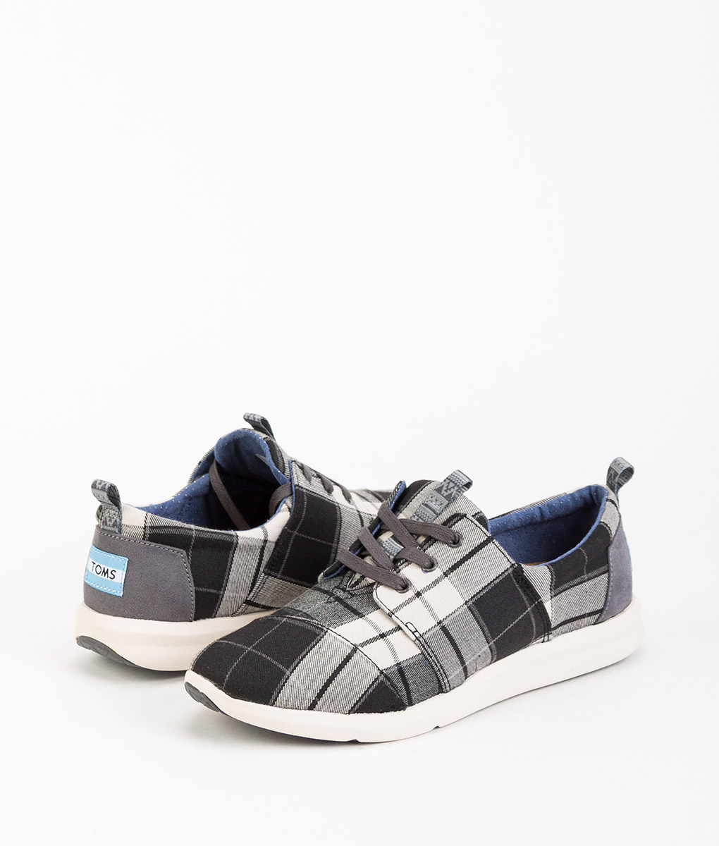 TOMS Women Sneakers 8890 DEL RAY, Black White 89.99 1