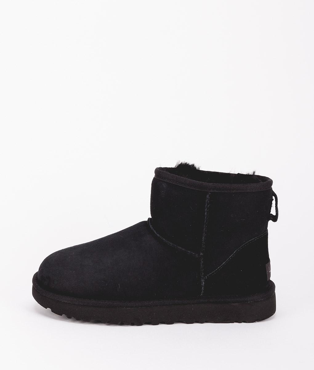 UGG Women Ankle Boots 1016222 CLASSIC MINI II, Black