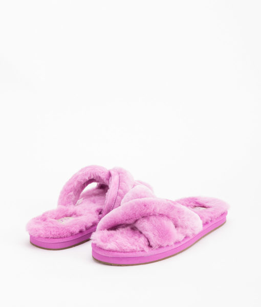 UGG Women Slippers 1017548 ABELA, Bodacious 109.99 1